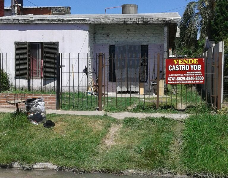 2 Casas En Barrio Aviacion Don Torcuato Castroyob